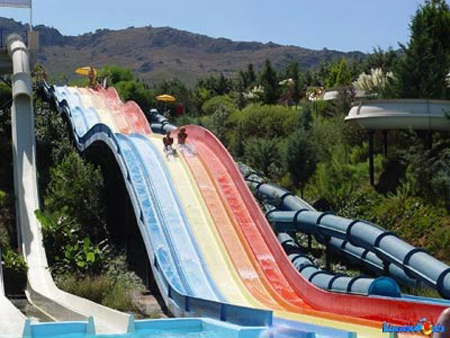Louminopoulis Water Park